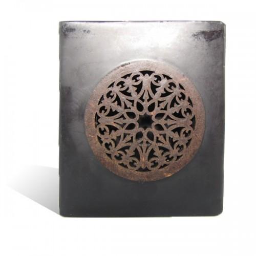 Photophore cube motif rosaceen noir